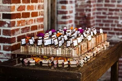 Budget brides wedding favors under 1 for Quick and inexpensive wedding decorations